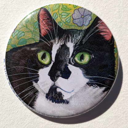 "Lola cat 2.25"" Button Pin"